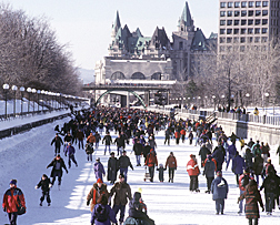 Skating on the Rideau Canal - www.all-about-ottawa.com
