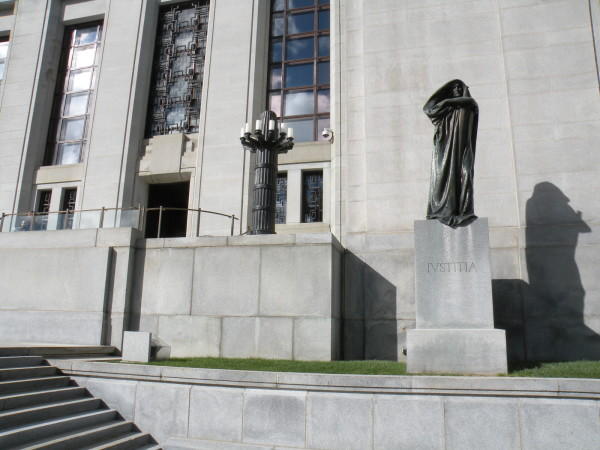 IVSTITIA - justice statue in front of the Supreme Court of Canada building